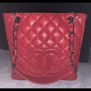 Authentic Red Leather CHANEL Petit Shopper